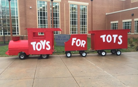 BAHS Lends A Hand to Toys for Tots