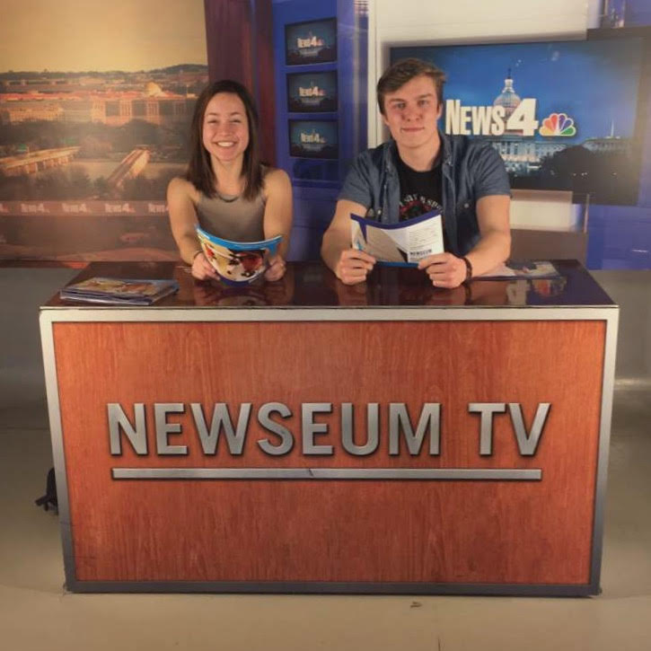 Journalism Field Trip to the Newseum